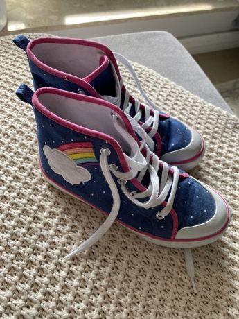 Buty dla dziewczynki firmy Gymboree, rozmiar 2 US, 33.5