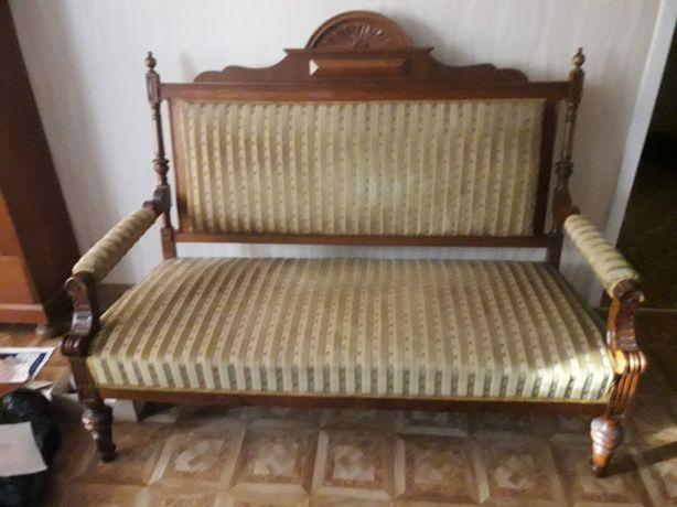 Stylowa sofa do salonu