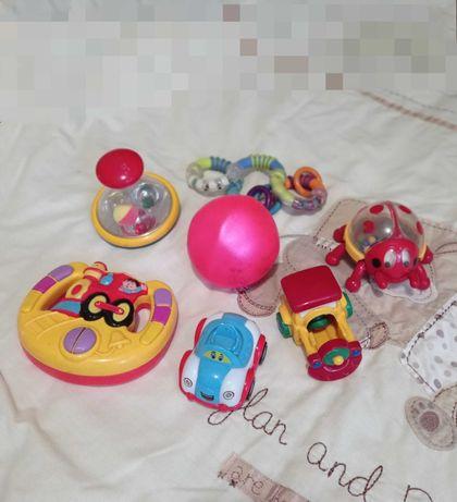 Мяч юла руль машинка паровоз погремушки 2шт. пакет игрушек