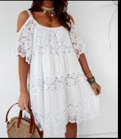 Sukienka biala boho