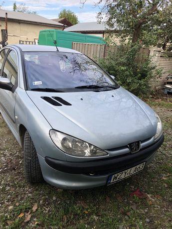 Peugeot 206 під розборку