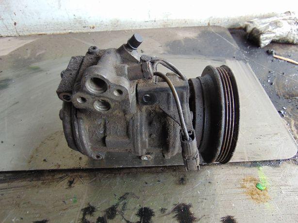 Lip>Mitsubishi Sigma 3.0 V6 12V sprezarka klimatyzacji