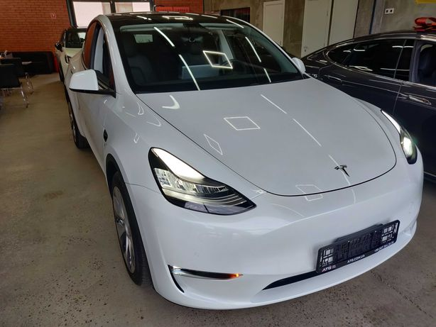Продам Tesla Model Y Longe Range 2021