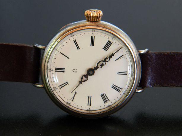 Relógio omega de homem, de corda, do ano de 1906.