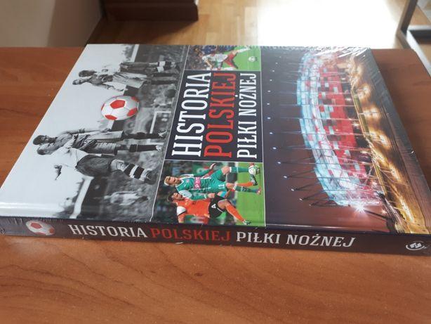 Historia Polskiej Piłki Nożnej, nowa jeszcze w folii.