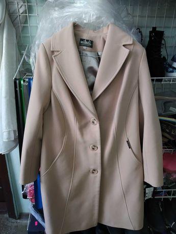 Пальто кашемірове весна-осінь.
