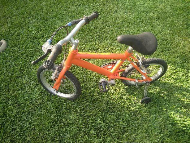 Vendo Bicicleta de criança com rodinhas