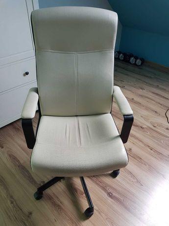 Fotel biurowy biały, skóra, Ikea bardzo wygodny