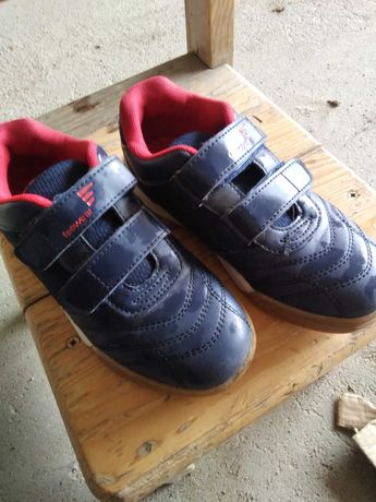 Buty, adidasy Freewear, r. 32.