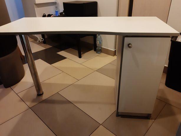 Stolik- biurko kosmetyczny