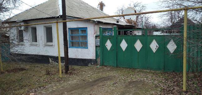 Продам дом в Лутугино (старый поселок) ТОРГ обмен на Авто