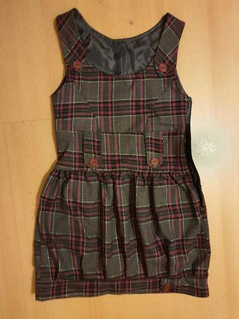 Sukienka r. 134