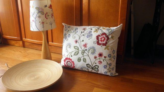 Komplecik dekoracyjny z IKEA (lampa, poduszka, talerz)