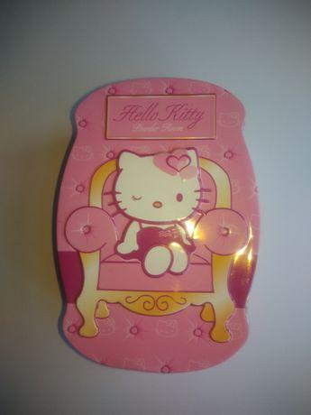 Caixa para a arrumação Hello Kitty