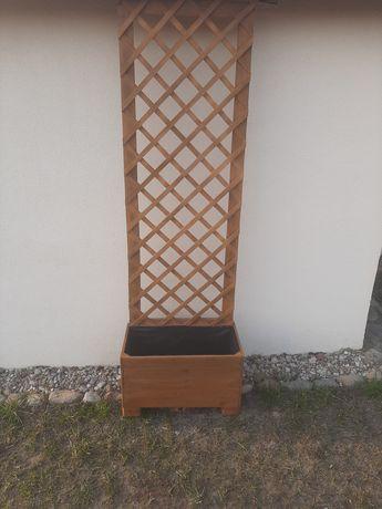 Donica ogrodowa z pergolą