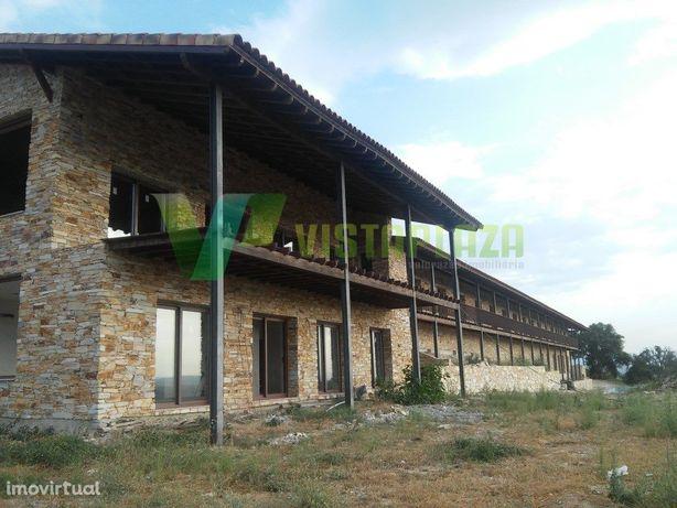 Hotel Para Turismo Rural, em Construção, Localizado no No...