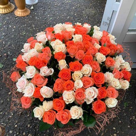 Разноцветный микс роз - 55. Букет цветов, доставка, розы