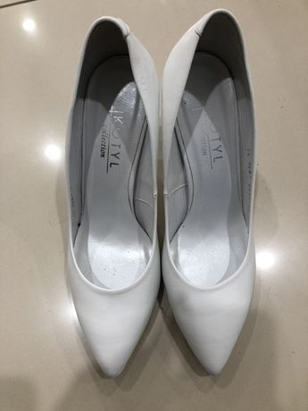 Nowe buty ślubne białe Kotyl 39