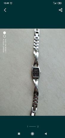 Zegarek DKNY srebrny