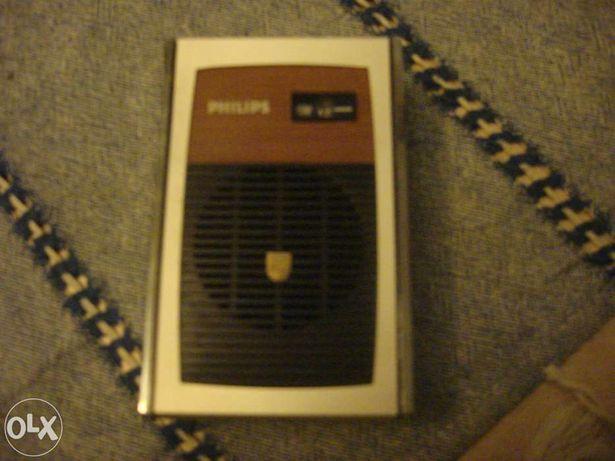 Radio Philips a pilhas antigo AM