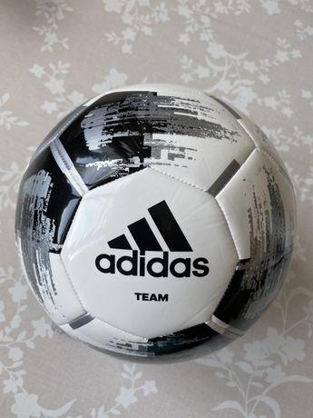 Мяч adidas 5