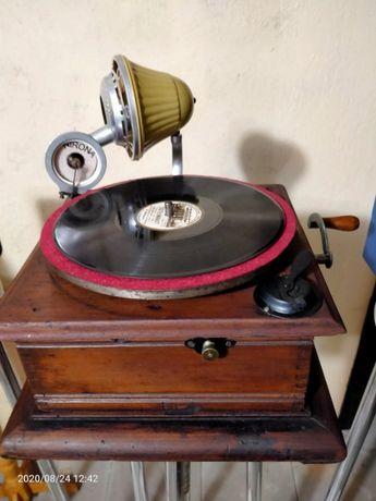 Продам мини граммофон NIRONA ( Германия) 1928 . оригинальный подарок