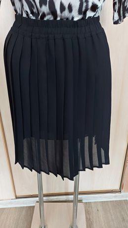 Spódniczka czarna plisowana