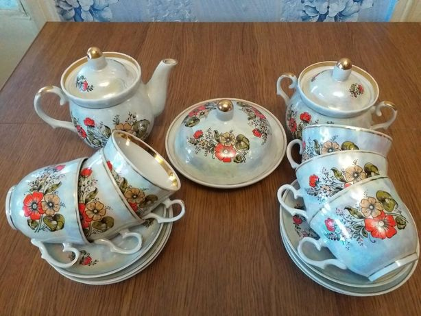 Чайный перламутровый сервиз на 6 персон