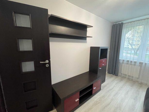 Pokój w mieszkaniu 2-pok 40mkw ul. Międzynarodowa