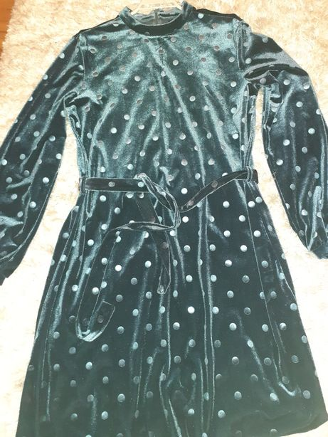 Sukienka z firmy Mohito