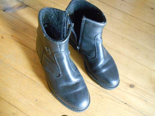 чоботи -шкіра