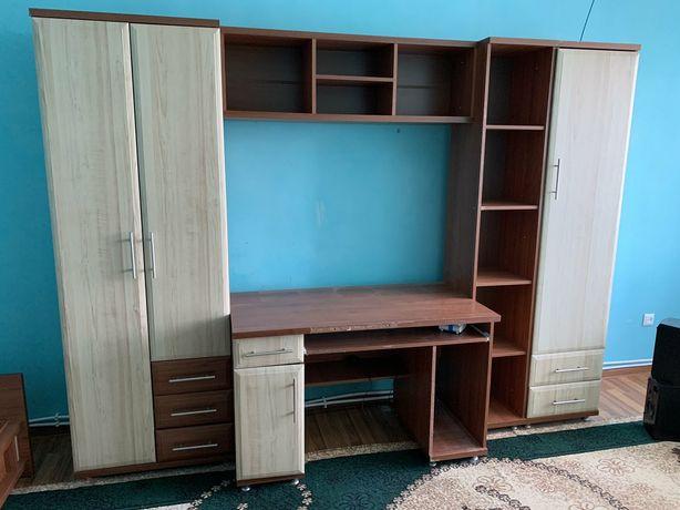 Продам меблі в дитячу