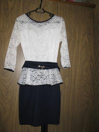 Продам платье размер хs(40)