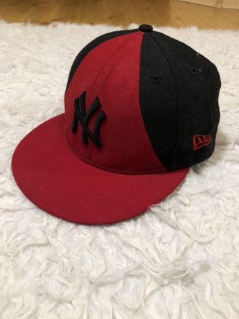 Czapka fullcap New Era rozmiar 7 1/4 57,7 cm czerwony czarny