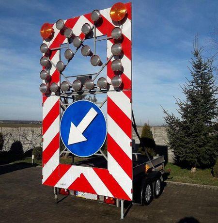 Przyczepa DROGOWA tablica świetlna U26 LED remonty ostrzegawcza FV23%