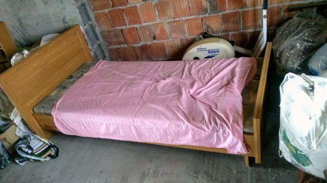 Sprzedam łóżko 90x200