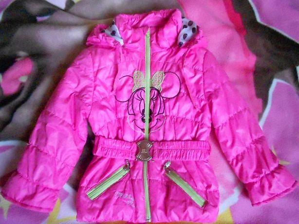 продам куртку весна/осень на девочку