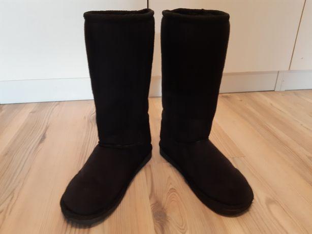Kozaki buty zimowe typu Emu 29 H&M