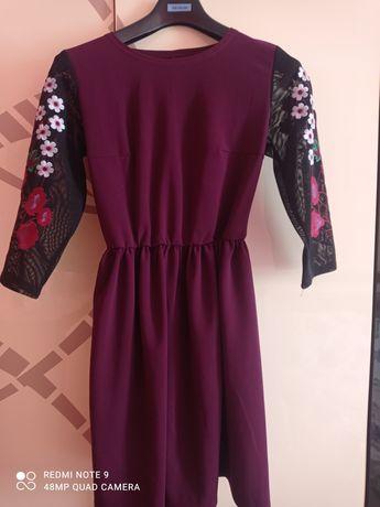 Плаття,платье з вишивкою