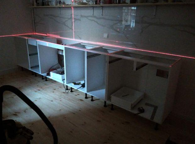 Збірка меблів збирання складання кухні спальні передпокої зборка