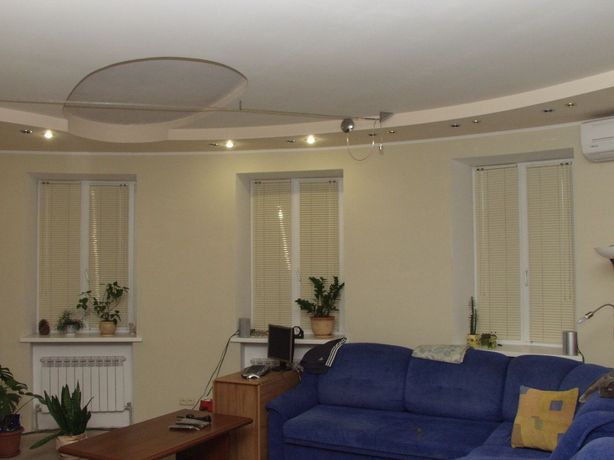 Старый Подол. Квартира в двух уровнях.