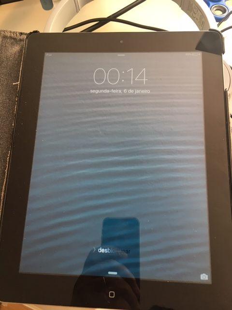 """iPad 2 (9.7"""") - 16 GB Wi-Fi Preto Glória E Vera Cruz - imagem 1"""