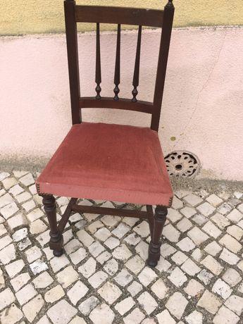 Cadeira tampo rosa velho