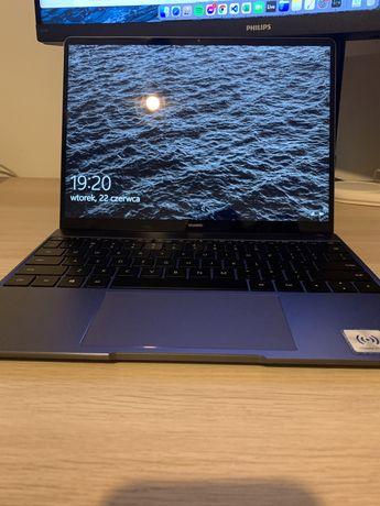 Laptop Huawei Matebook 13 intel i5 / 8 gb ram /256 gb ssd / Windows 10