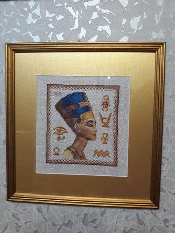 Картина вышита крестиком нитью Царица Нефертити