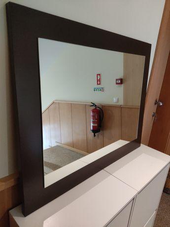 Espelho 90x71cm.