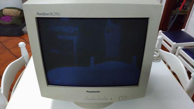 "Monitor CRT Panassonic 17"", PanaSync SL70i"