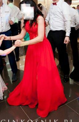 Piękna zjawiskowa suknia