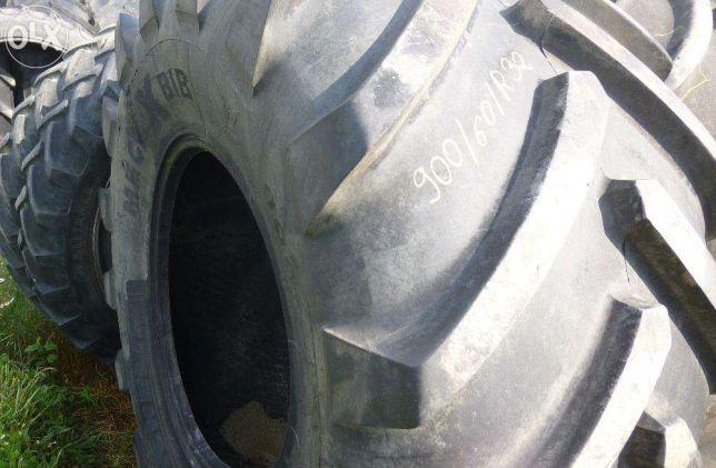 900/60 R32 Michelin Continental