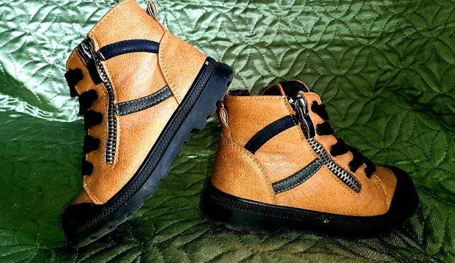 Весенне-осенние ботиночки новые